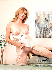 Anilos.com - Freshest mature women on the net featuring Anilos Camilla