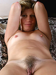 Anilos.com - Freshest mature women on the net featuring Anilos Rosetta