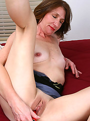 Anilos.com - Freshest mature women on the net featuring Anilos Kimberly