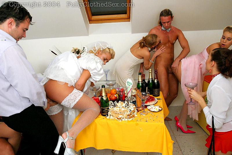 трах на свадьбах