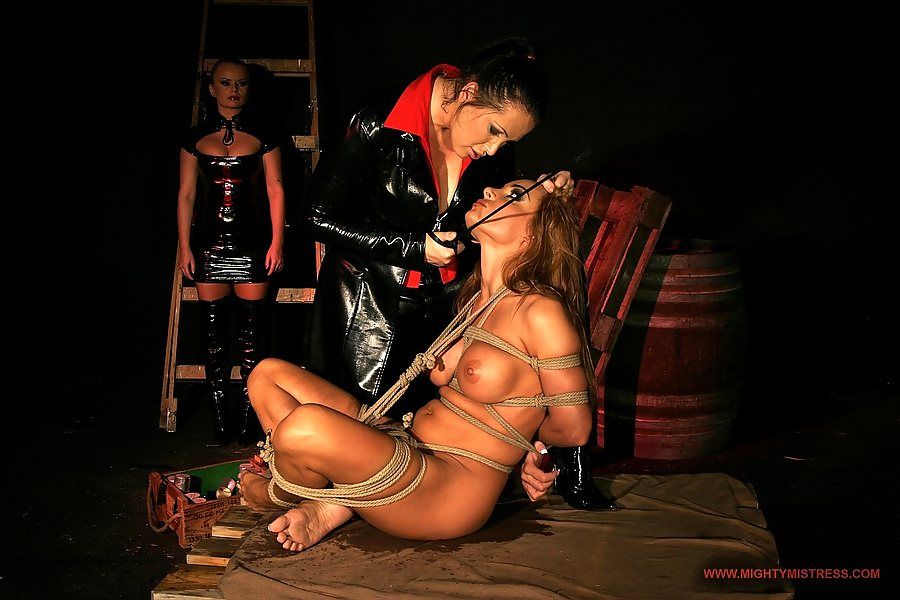 Смотреть порно прелюдное унижение 21 фотография