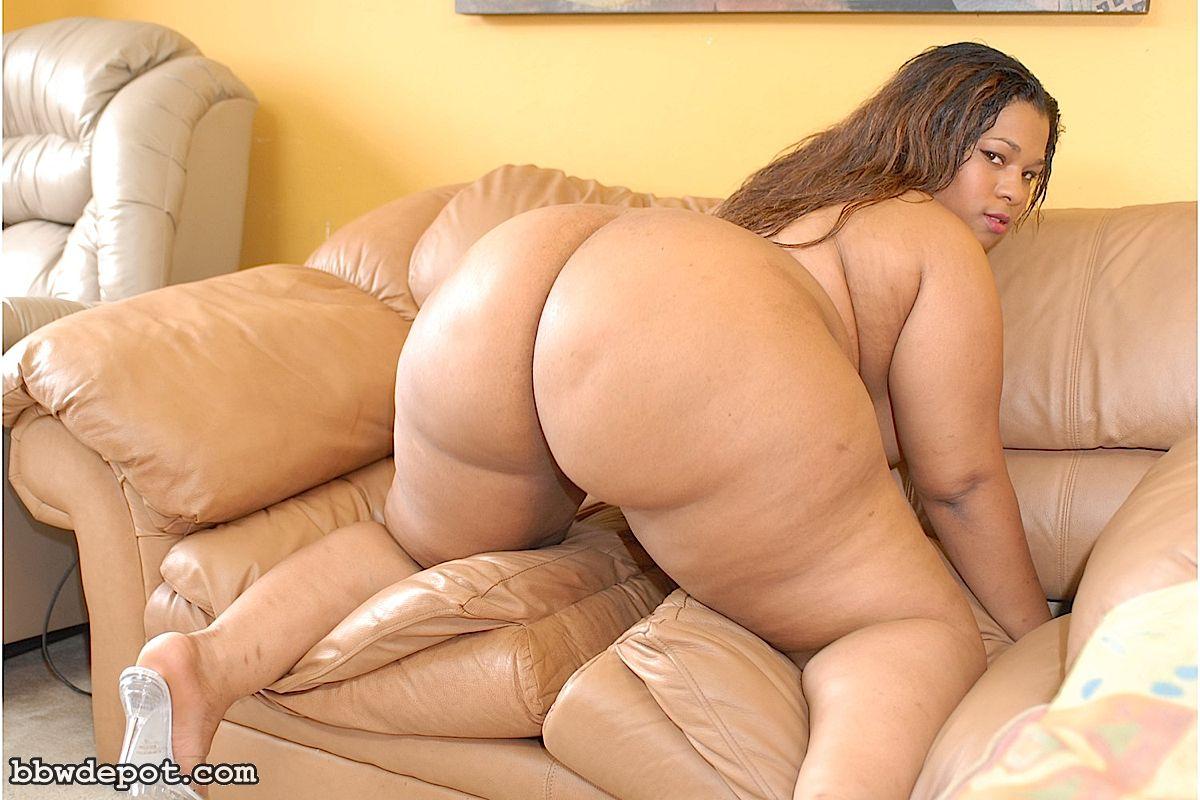 Сочная толстушка порно фото