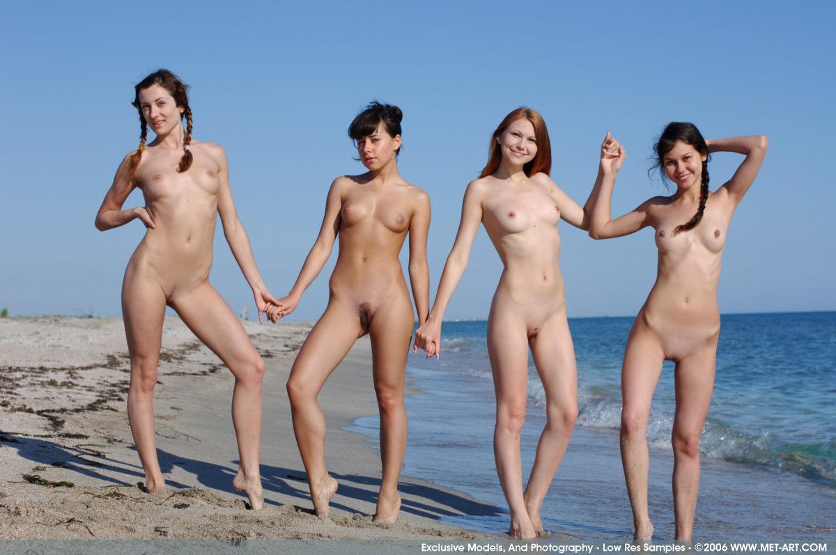 Фото полные пляжи голых тел 13 фотография