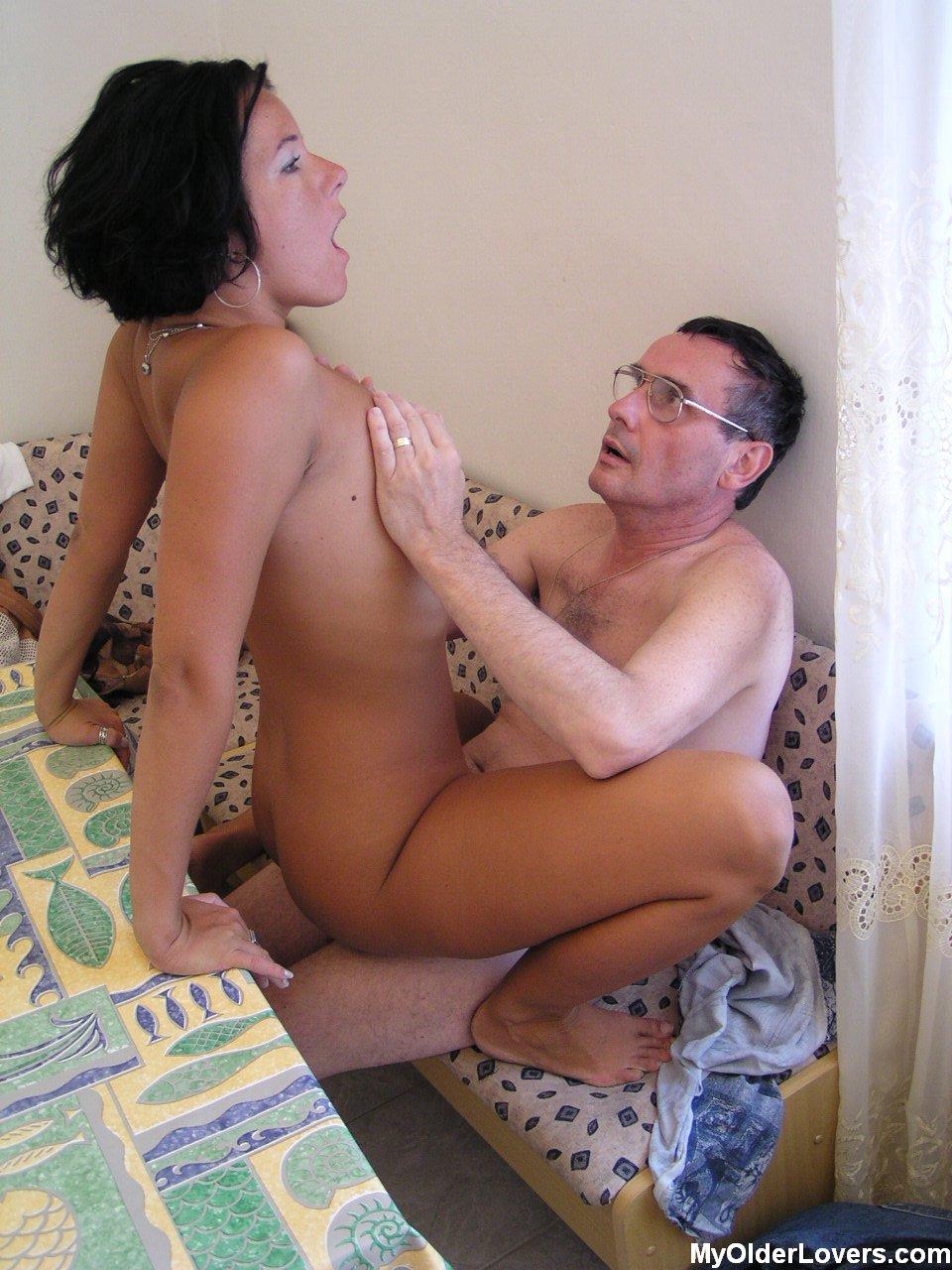 Xxx3d oldmen fakin girls nude movie