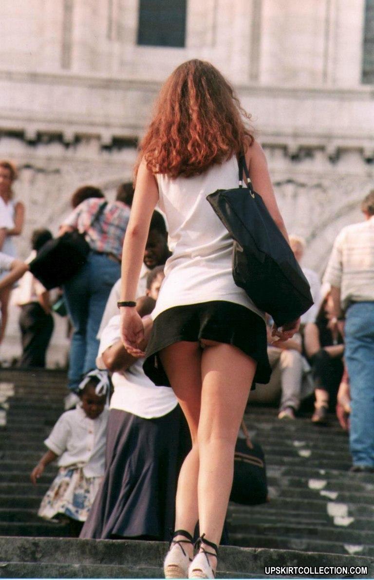 Фото молодых стройных девушек в коротких юбках вид сзади 11 фотография