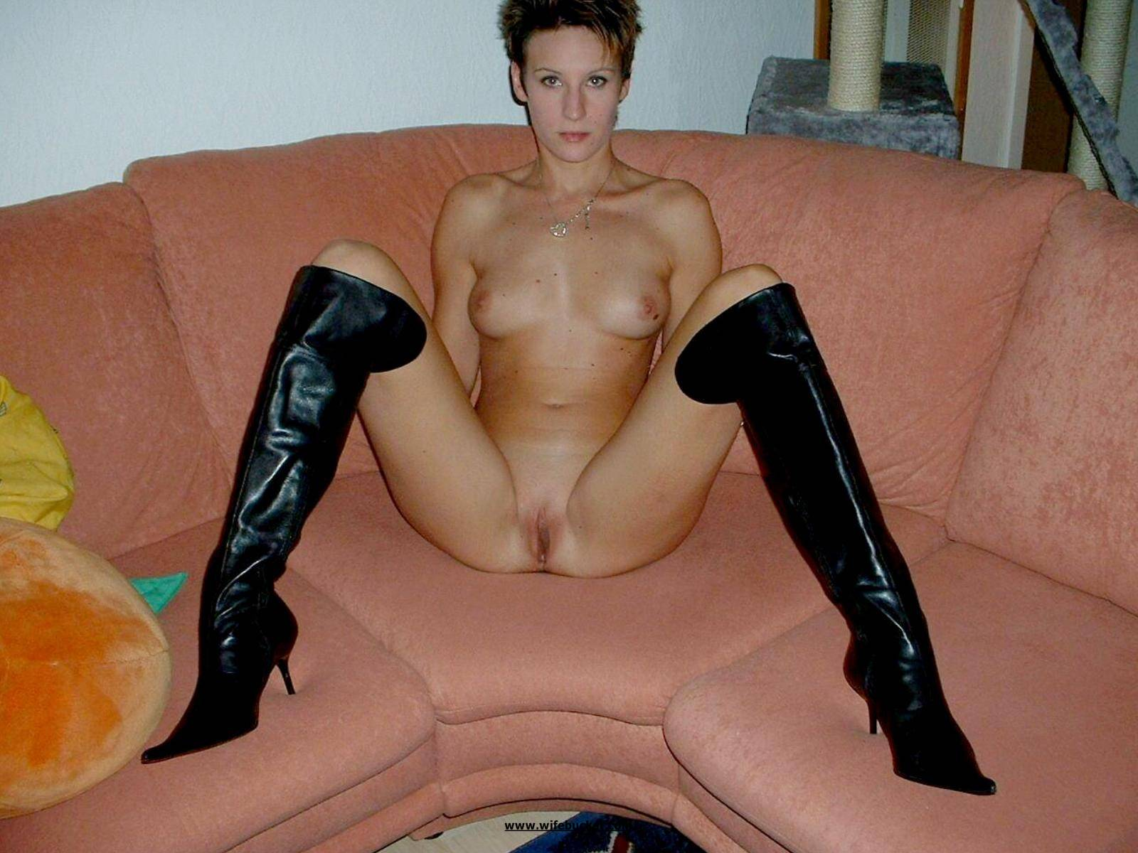Nudes in boot pictures pics porno galleries