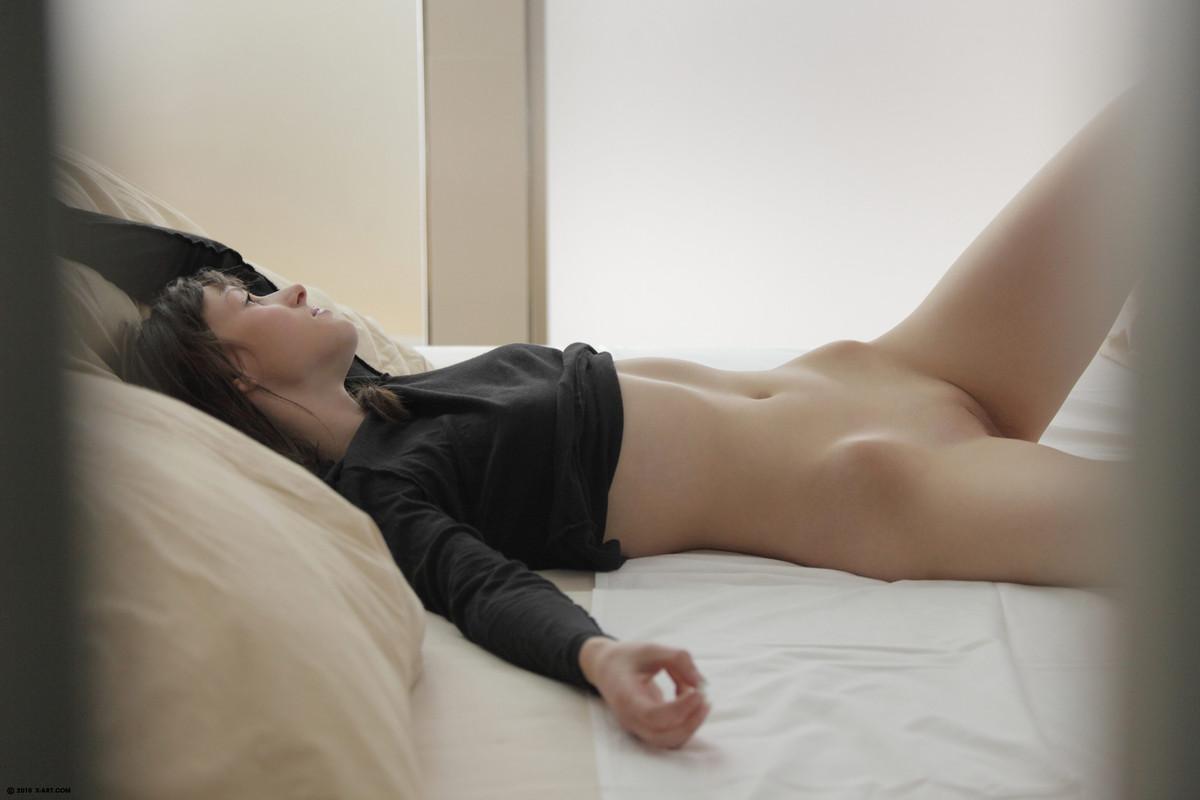 Эротика онлайн мастурбация в примерочной 24 фотография