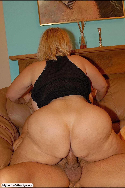Порно фото пожилих женщин с большими тьтьками