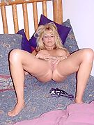 Experienced mature women are better @ mature-is-better.com