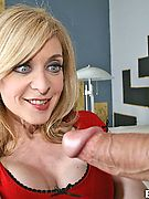 Milfs Likeit Big This hot sexy blonde milf mamma takes the long rod here