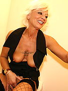 mature at a glory hole