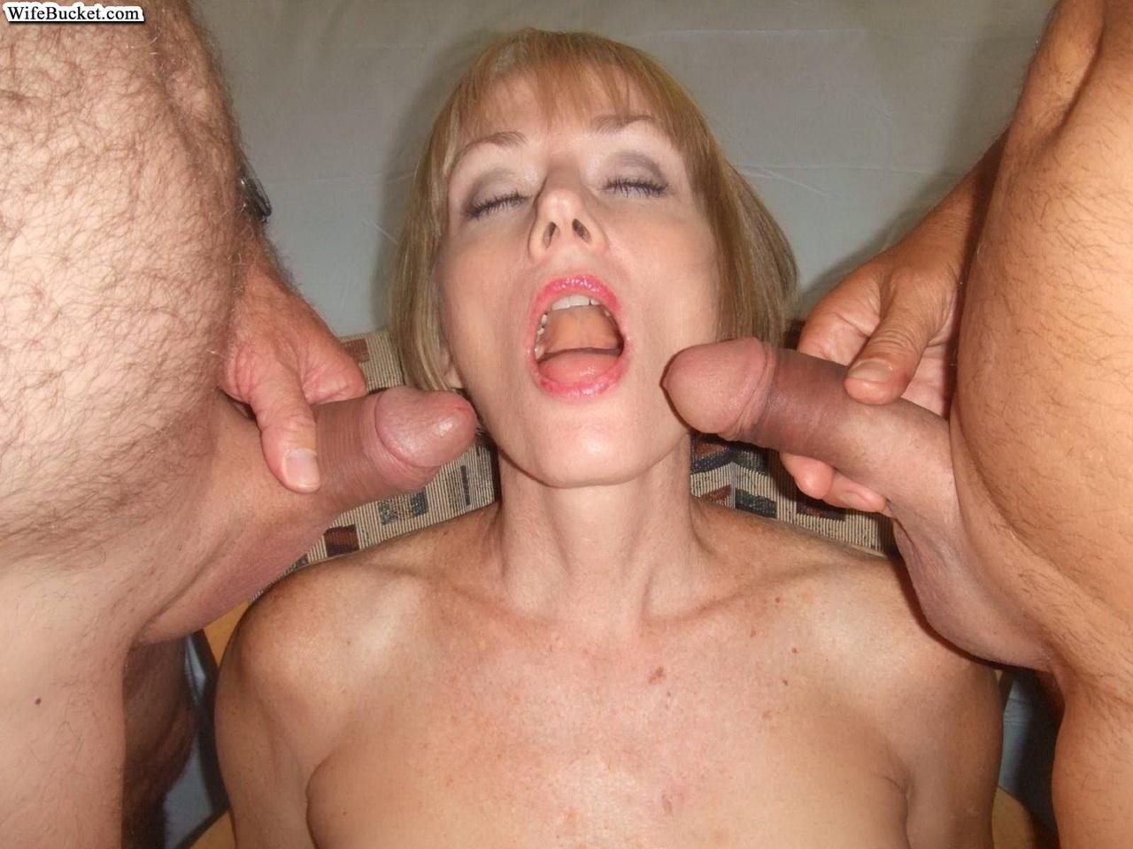 Секс бабушки в сперме фото 28 фотография
