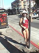 Annie flashes San Francisco - sassy lil exhibitionist flashes everyhting and everyone in busy city! Public Flash gallery!