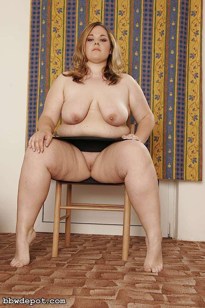 У толстух под юбкой порно фото