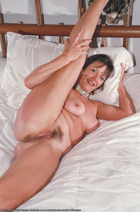 pozhilie-dami-v-erotike