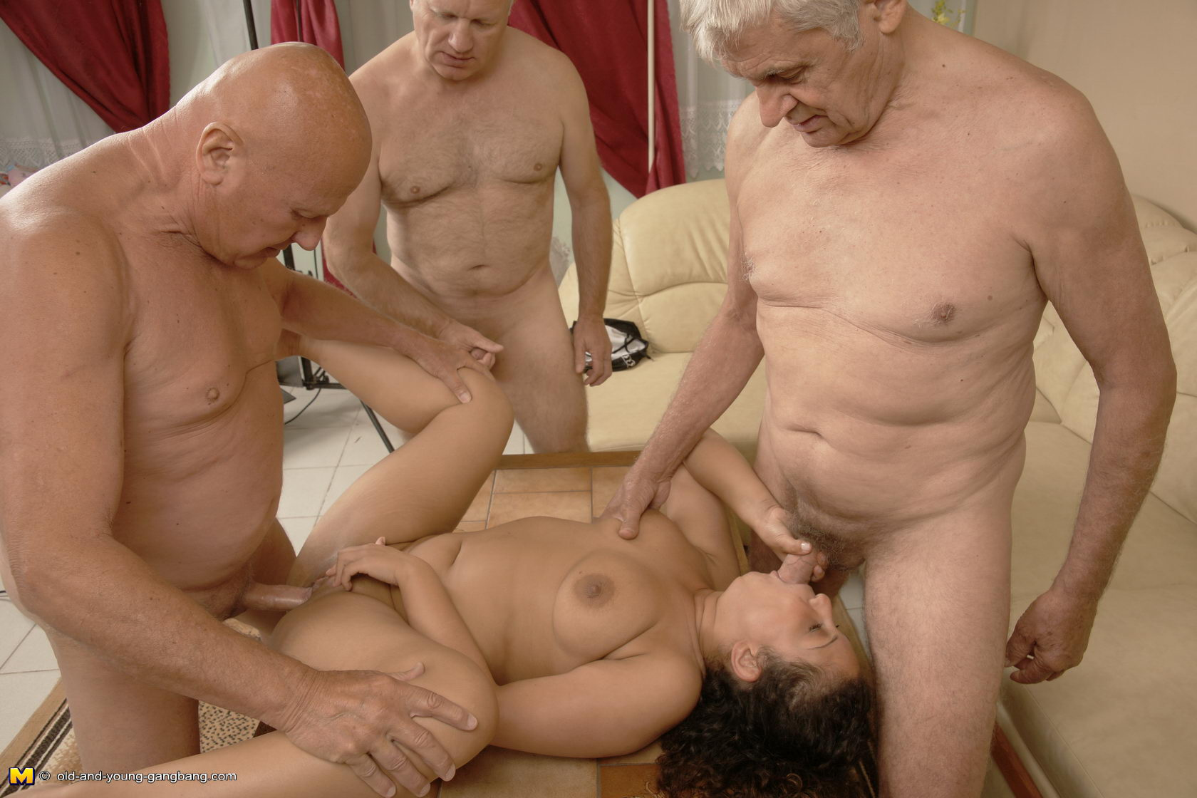 Men fuck dead woman porn nude movies