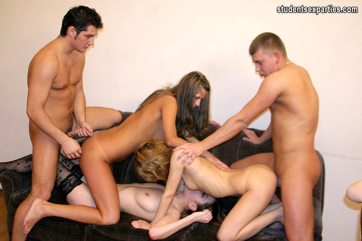 Секс вечеринка с душем спермы на молодых 16 фотография